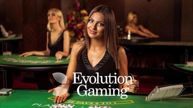 Jouer au poker d'Evolution Gaming : le plaisir du casino en direct